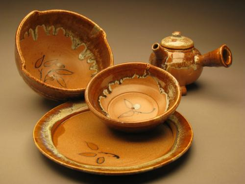 Nutmeg Dinner Set - John Mason